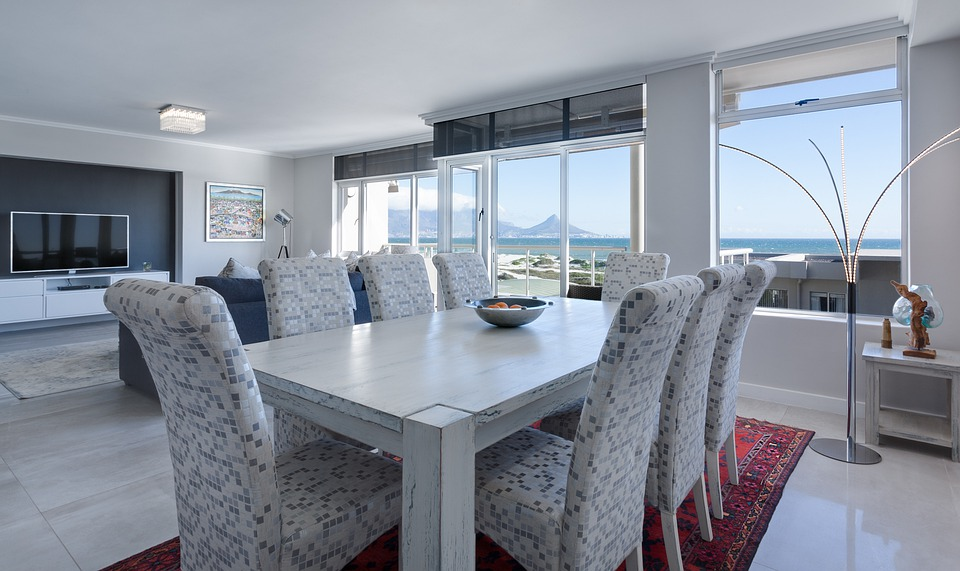 4 Things to Consider When Shopping for Dining Room Seating